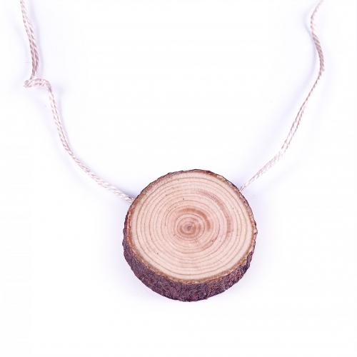Zedernholzanhänger